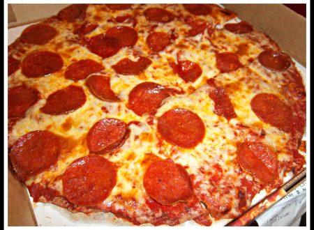 Pizza con Mozzarella & Pepperoni